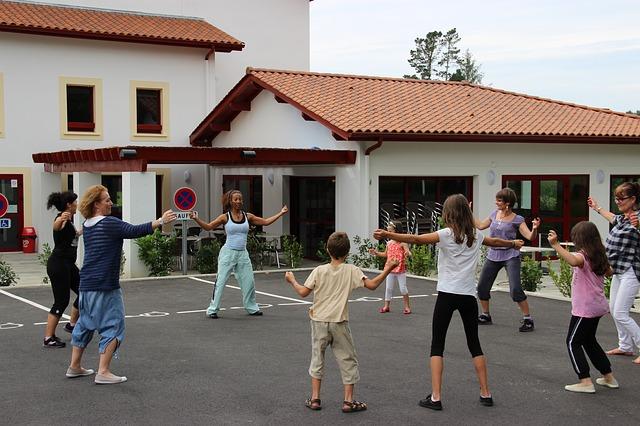 5 เทคนิคสร้างแรงบันดาลใจ อยู่บ้านก็ออกกำลังกายได้ ข่าวสาร ความรู้ สุขภาพ ครอบครัว กีฬา ออกกำลังกาย เทคนิคสร้างแรงบันดาลใจ เทคนิคออกกำลังกาย