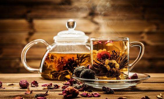 ชาจากดอกไม้ไทย หอม สวย ดื่มได้ดีต่อสุขภาพ ข่าวสาร ความรู้ สุขภาพ ครอบครัว กีฬา ออกกำลังกาย ชาจากดอกไม้ไทย