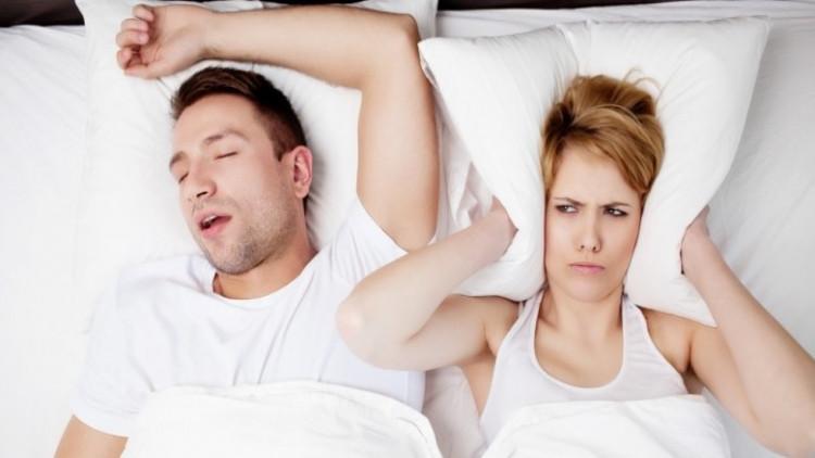 นอนกรนเสียงดัง เสี่ยงโรคหยุดหายใจ ข่าวสาร ความรู้ สุขภาพ ครอบครัว กีฬา ออกกำลังกาย นอนกรนเสี่ยงโรค