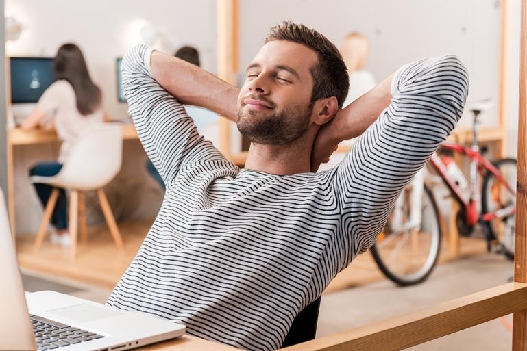 6 วิธีพักสายตา ลดความล้า ถนอมดวงตาคู่ใส ข่าวสาร ความรู้ สุขภาพ ครอบครัว กีฬา ออกกำลังกาย วิธีดูแลสายตา